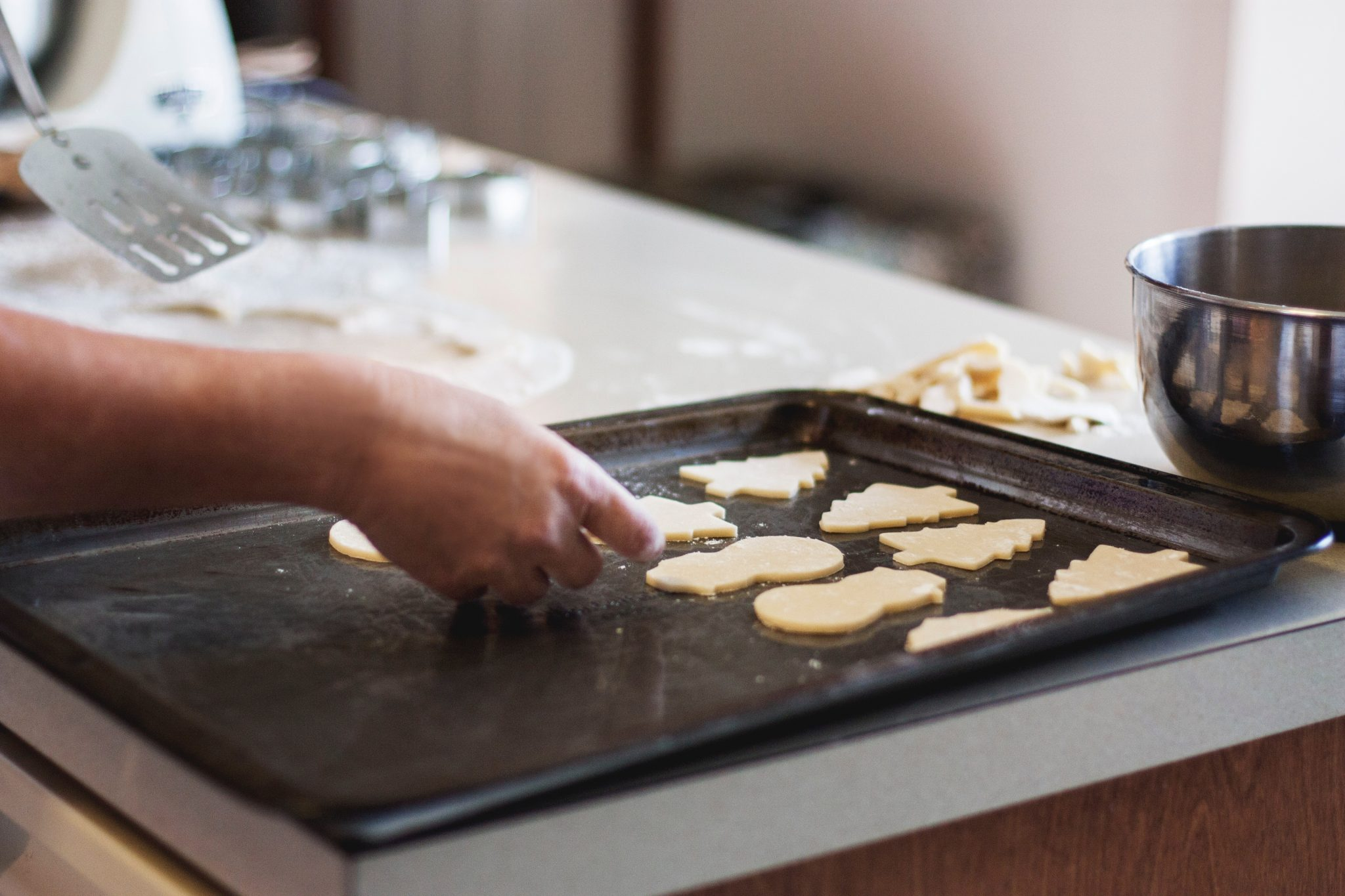 cookie sheet Photo by Kari Shea on Unsplash